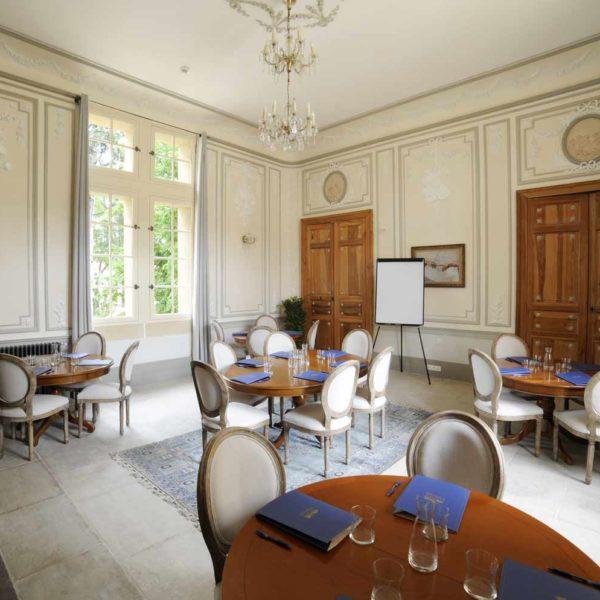 chateau_de_pondres_hotel_restaurant_seminaire nimes-montpellier_salle_de_musique_reunion_de_travail_2_sommieres