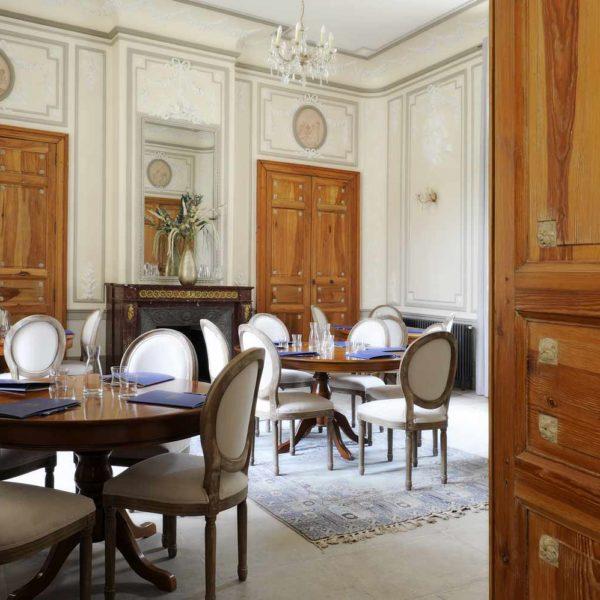 chateau_de_pondres_hotel_restaurant_seminaire nomes-montpellier_salle_de_musique_reunion_de_travail_sommieres