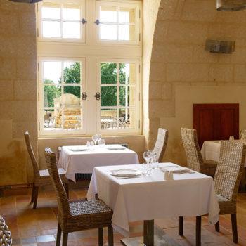 restaurant-chateau-de-pondres-sommieres-gard-seminaire-salle2
