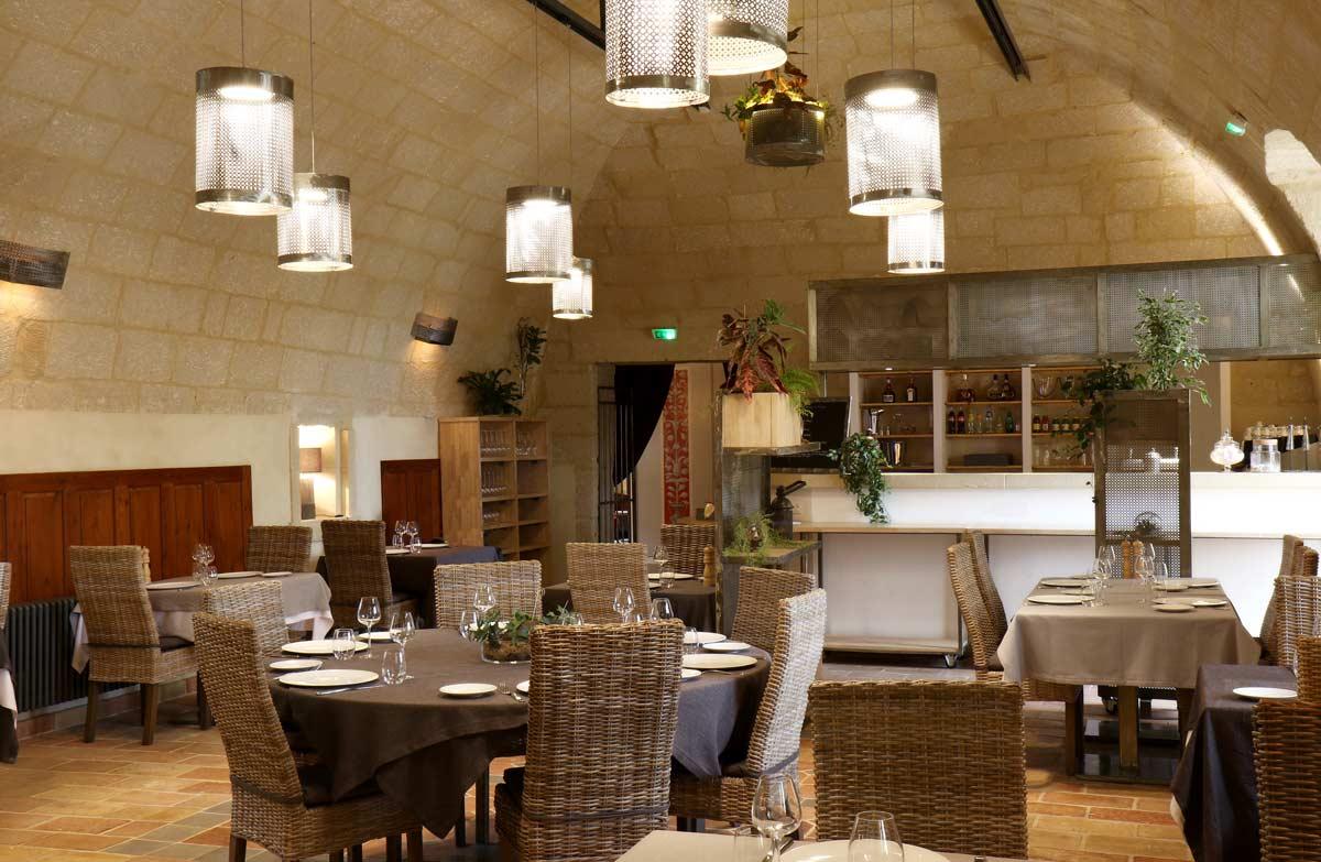 chateau-hotel-restaurant-lacanopee-chateaudepondres-gard-herault-villevieille-occitanie-evenement-anniversaire-mariage-seminaire